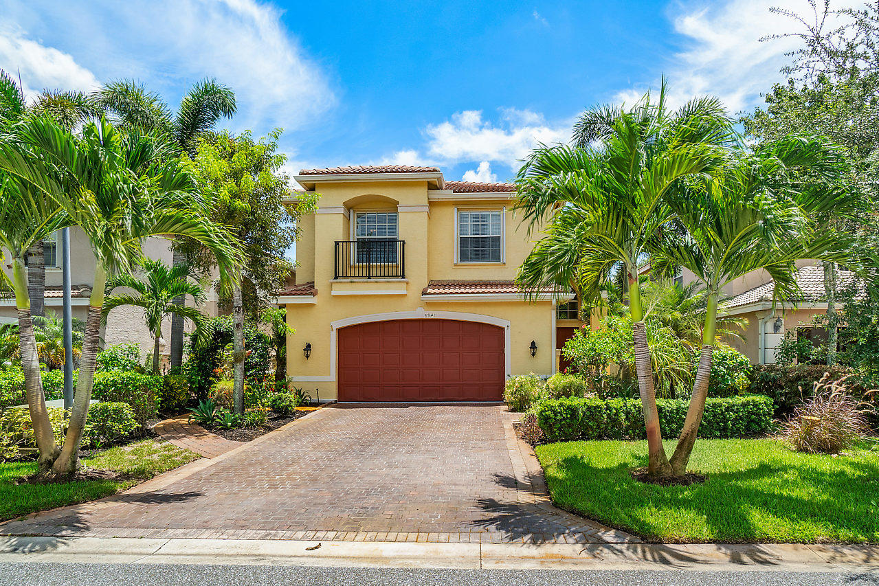 8941 Sandy Crest Lane  Boynton Beach FL 33473
