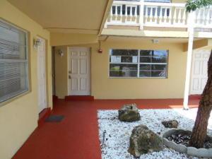 241 SE 9th Avenue 104 For Sale 10547560, FL