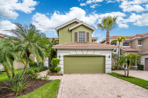 8216  Heritage Club Drive  For Sale 10533704, FL