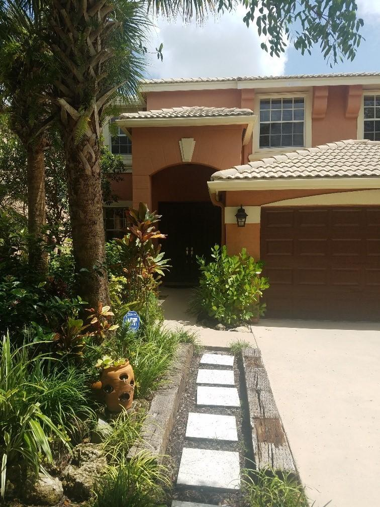 1525 Running Oak Lane Royal Palm Beach, FL 33411 photo 3