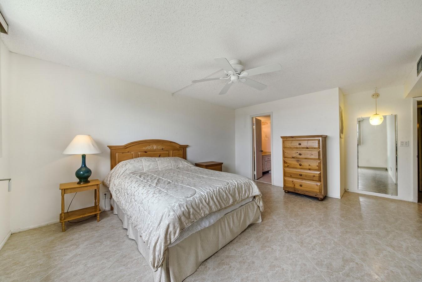 6161 NW 2nd Avenue 422 Boca Raton, FL 33487 photo 9