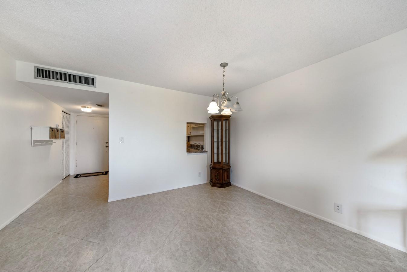 6161 NW 2nd Avenue 422 Boca Raton, FL 33487 photo 4