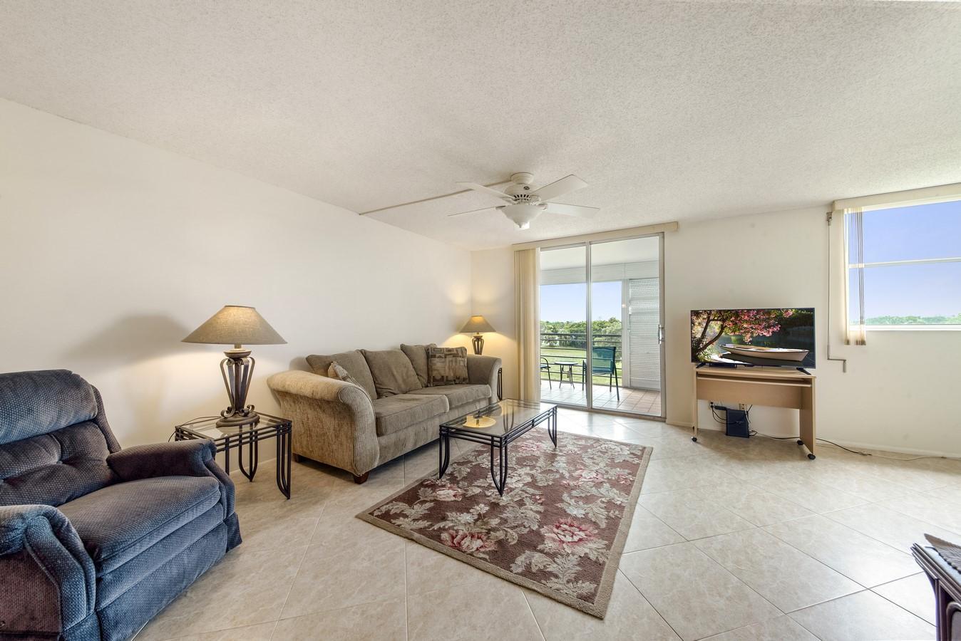 6161 NW 2nd Avenue 422 Boca Raton, FL 33487 photo 6