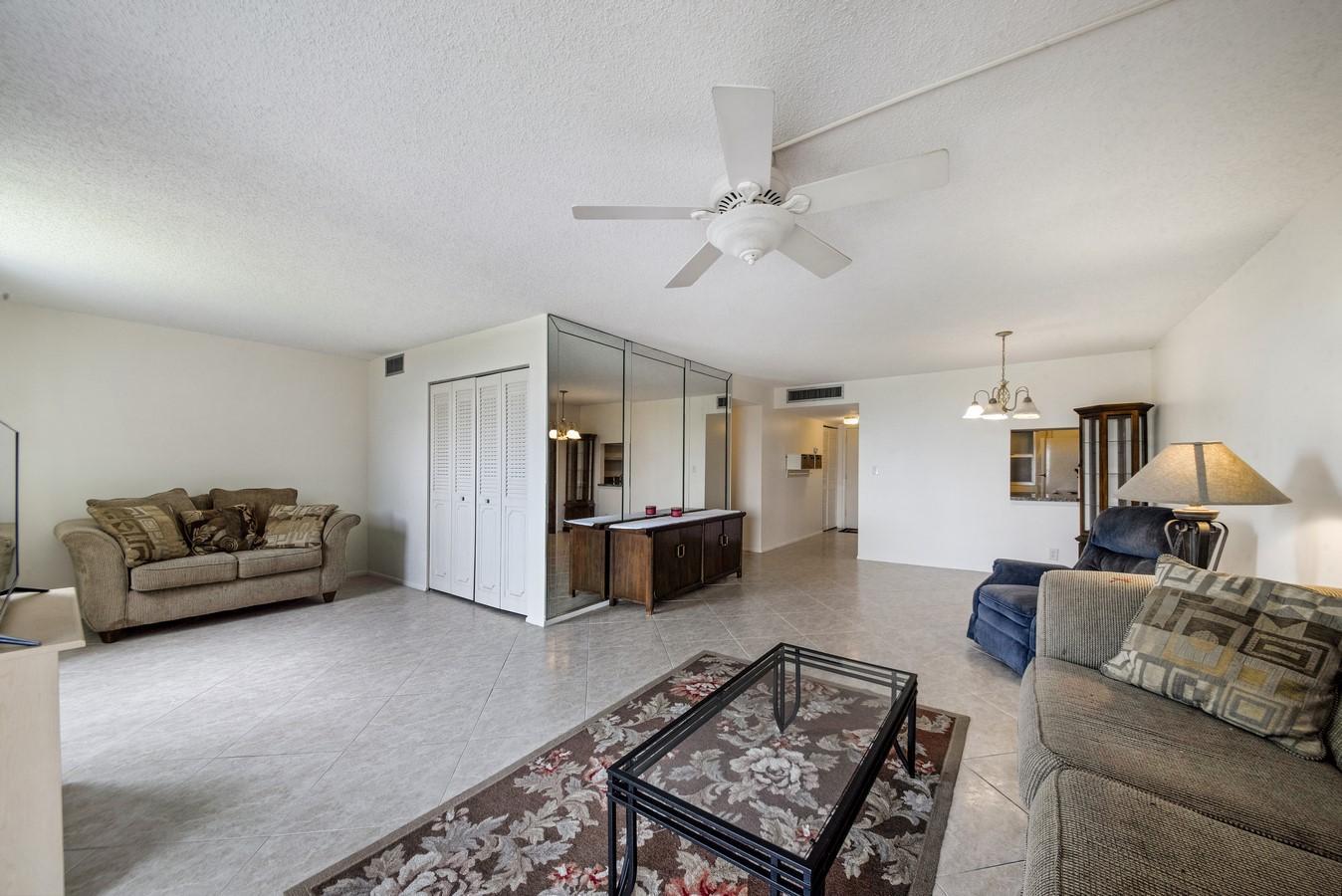 6161 NW 2nd Avenue 422 Boca Raton, FL 33487 photo 3