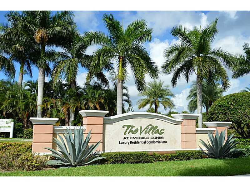 6530 Emerald Dunes Drive 201 West Palm Beach, FL 33411