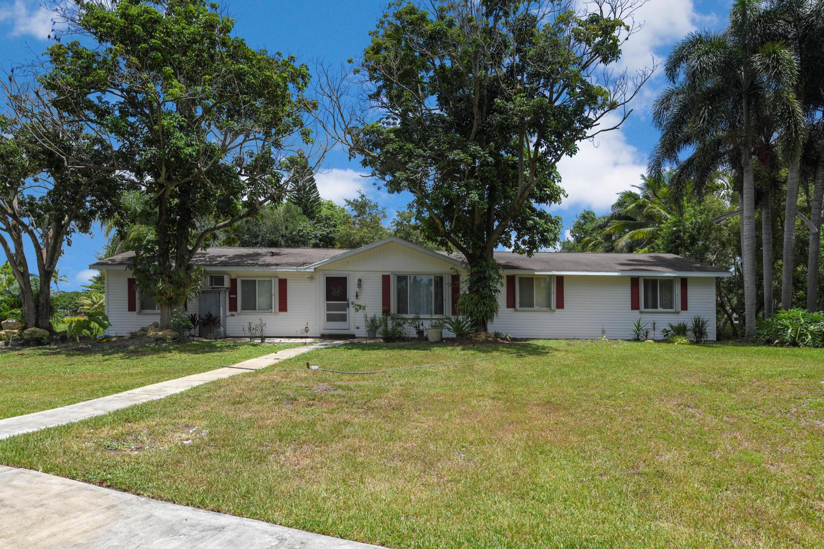 11255 Mellow Court The Acreage, FL 33470