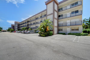 720 E Ocean Avenue Boynton Beach 33435 - photo