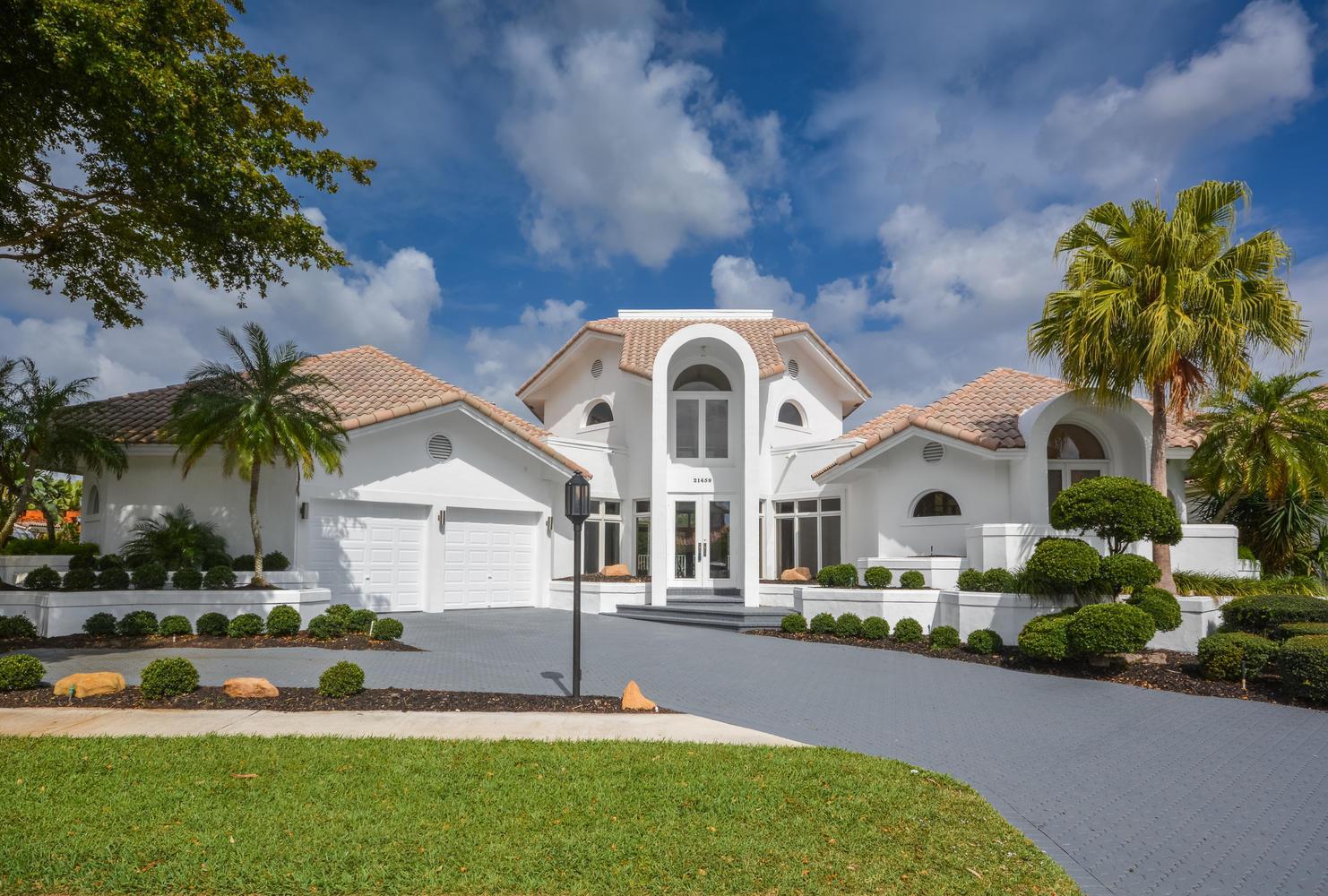 21459 Burnside Court  Boca Raton, FL 33433