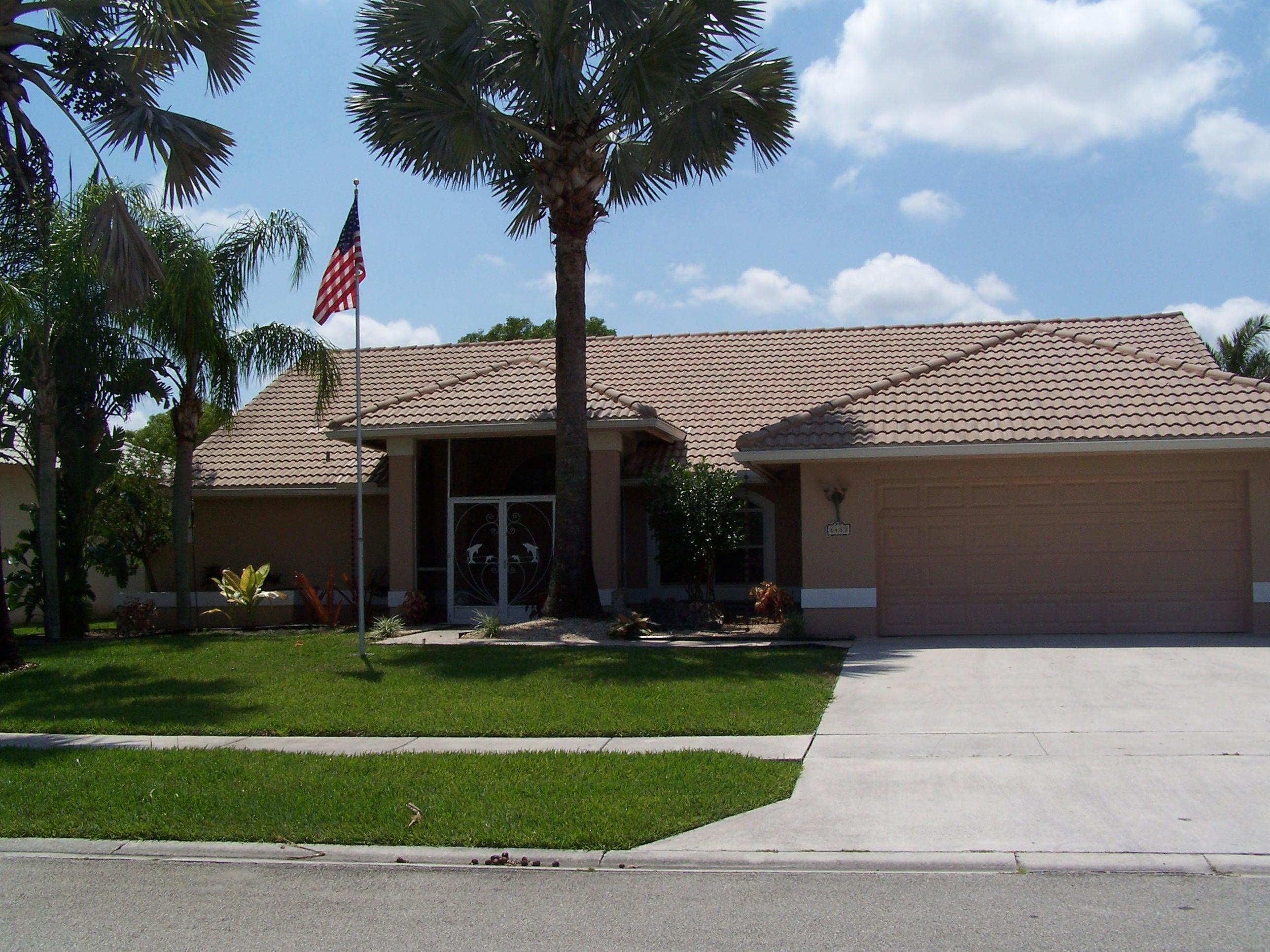 6453 Blue Bay Circle Lake Worth, FL 33467