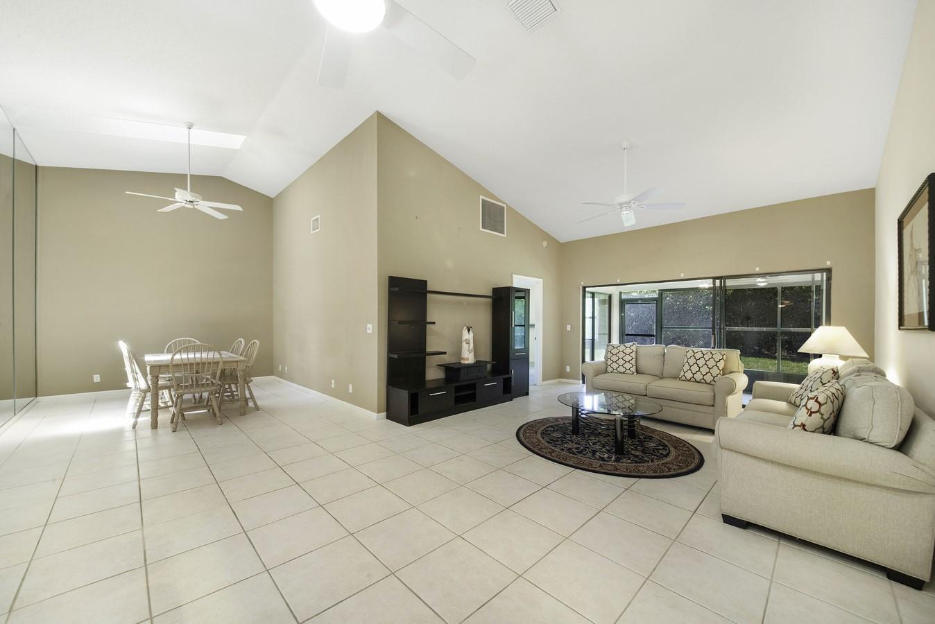 9747 Pavarotti Terrace 103 Boynton Beach, FL 33437 photo 4