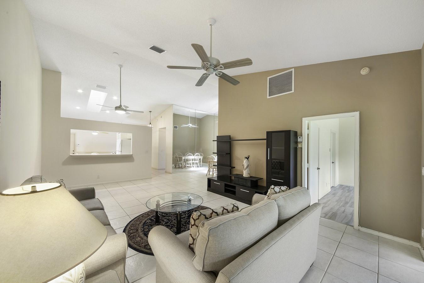 9747 Pavarotti Terrace 103 Boynton Beach, FL 33437 photo 5