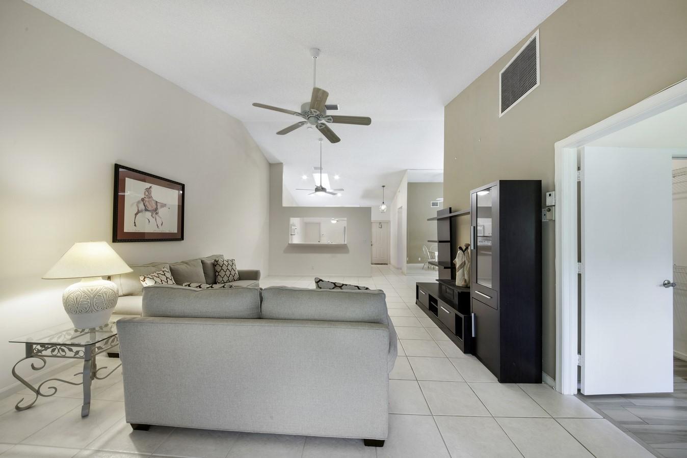 9747 Pavarotti Terrace 103 Boynton Beach, FL 33437 photo 3