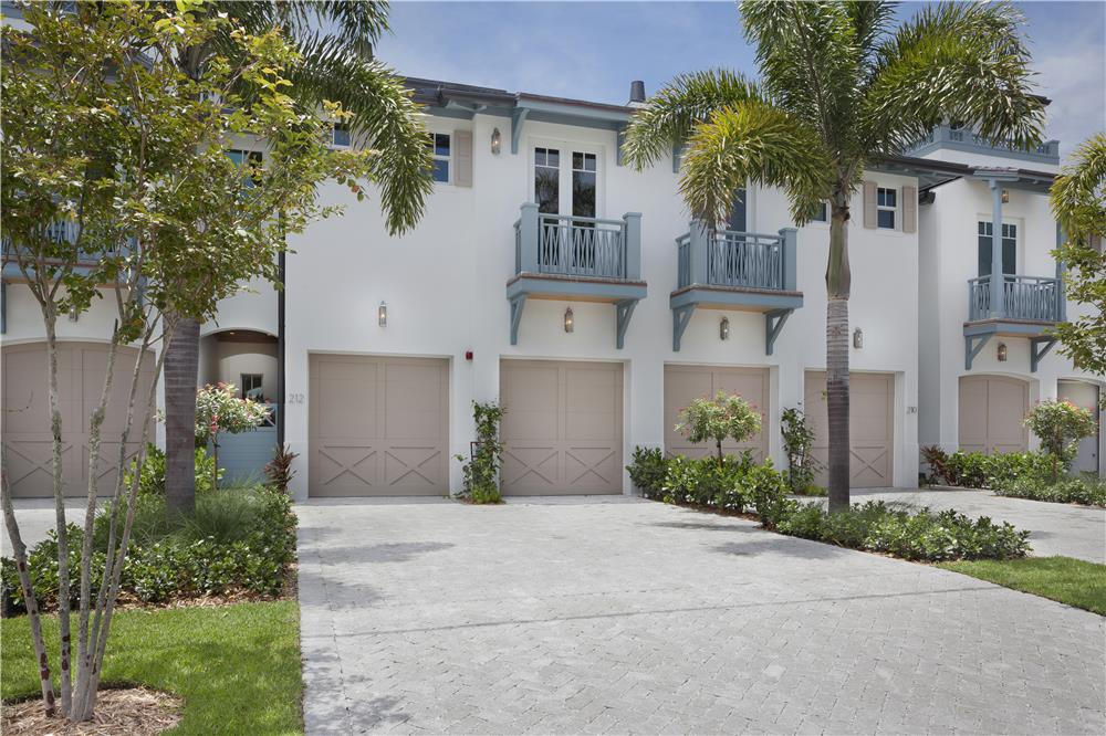 Photo of home for sale at 212 Venetian Drive, Delray Beach FL