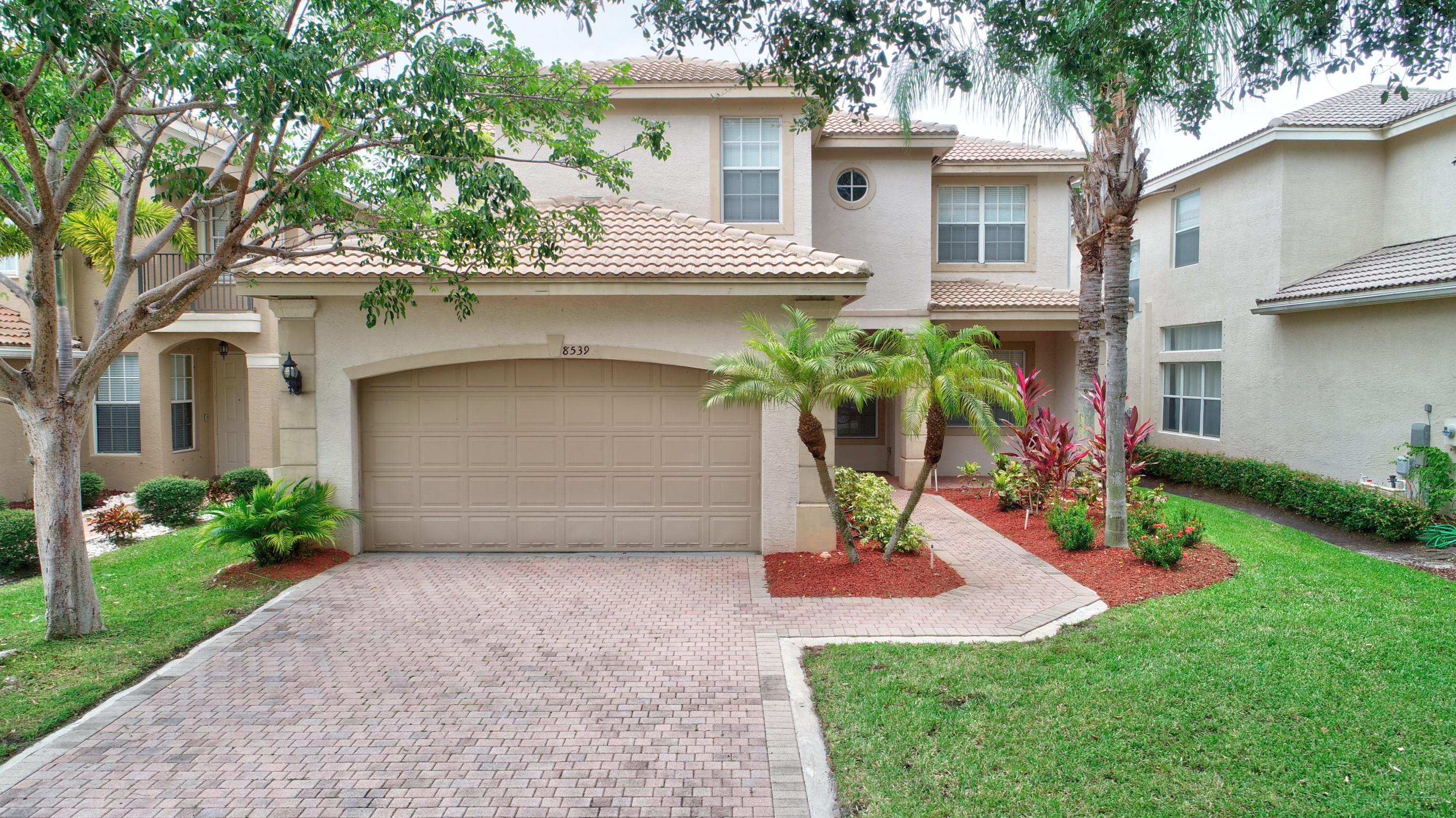 8539 Woodgrove Harbor Lane Boynton Beach, FL 33473