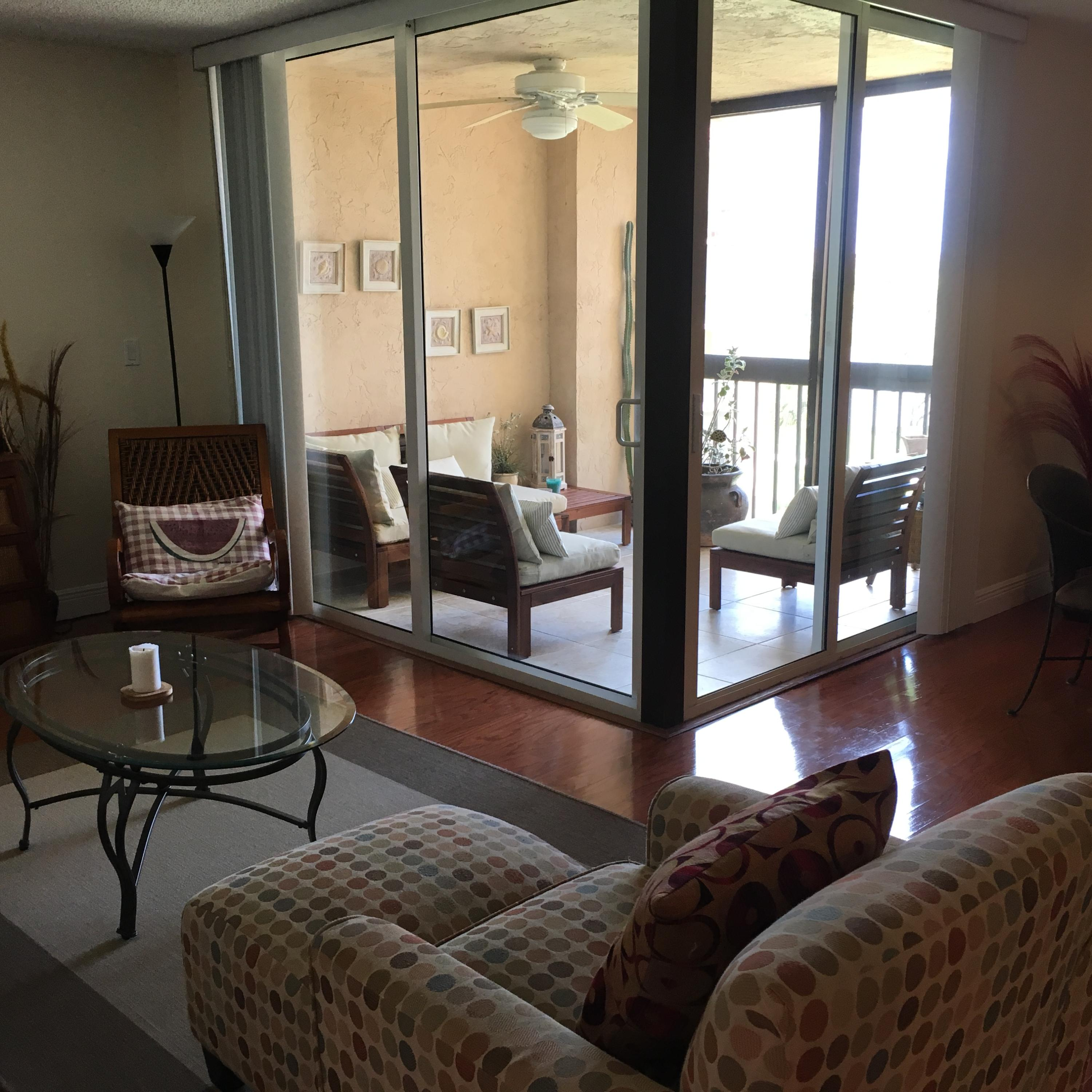 Photo of home for sale at 2255 Lindell Boulevard, Delray Beach FL