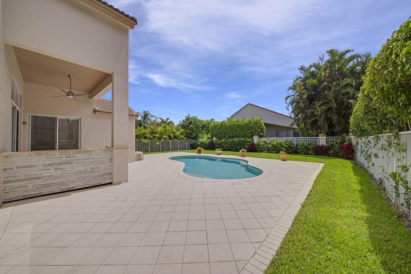 8180 Cypress Point Road West Palm Beach, FL 33412 photo 30