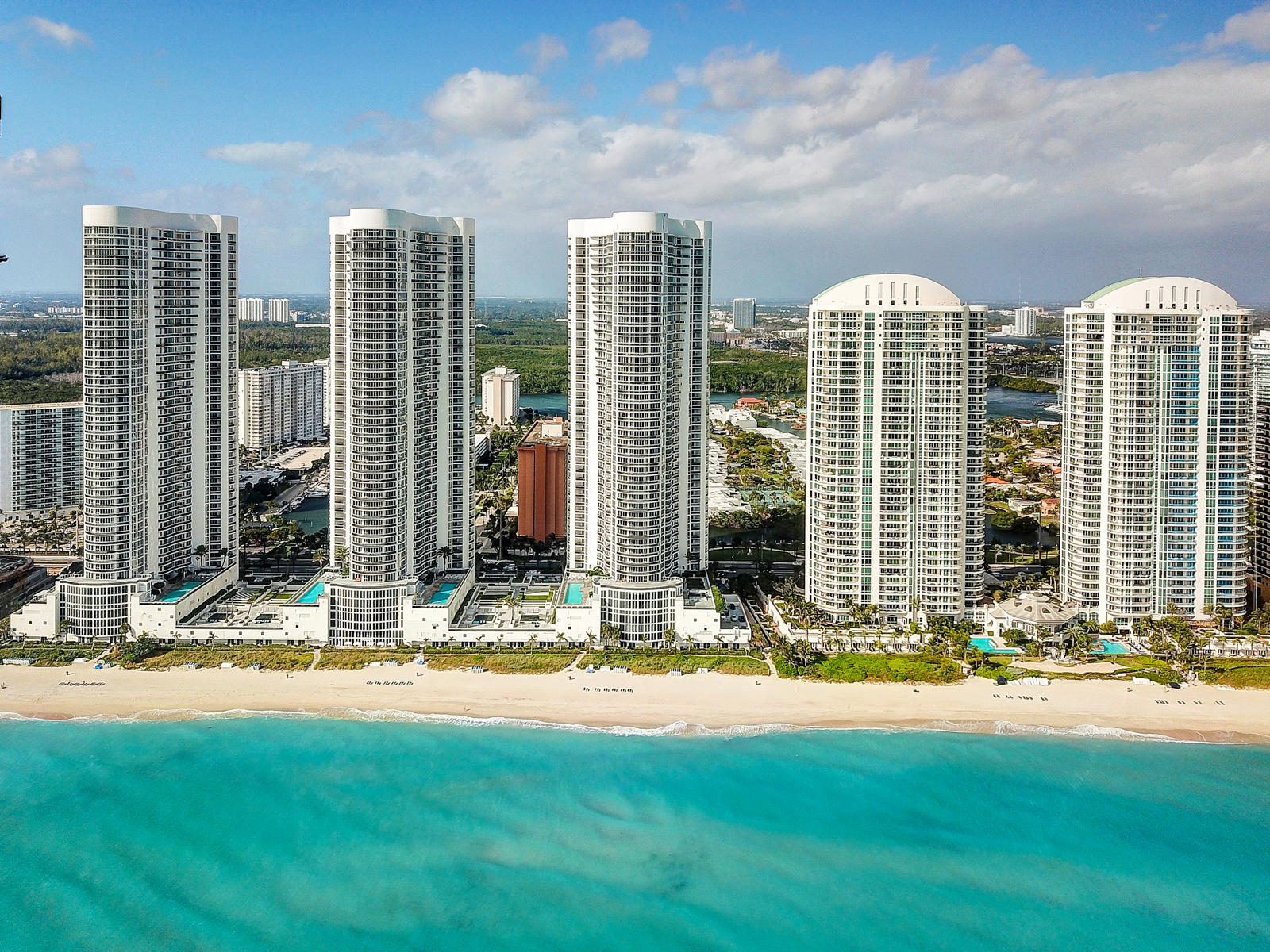 Photo of home for sale at 16001 Collins Avenue, Sunny Isles Beach FL