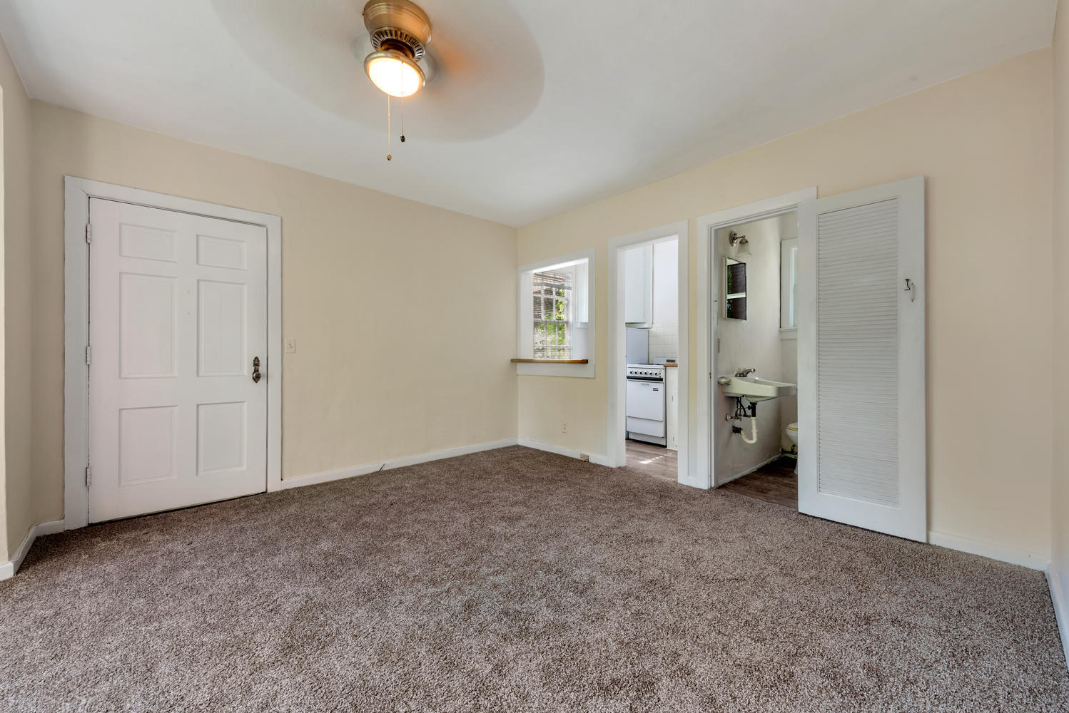 Photo of home for sale at 243 Pershing Way, West Palm Beach FL
