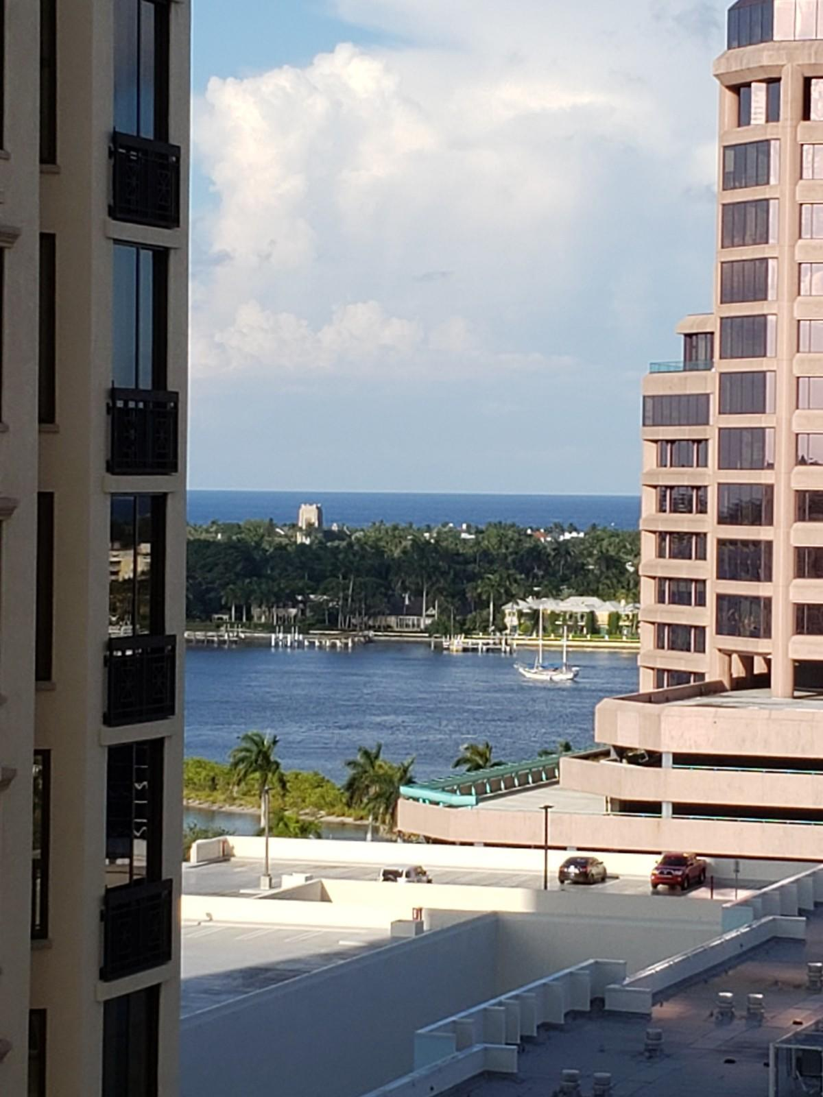 Photo of home for sale at 801 Olive Avenue S, West Palm Beach FL
