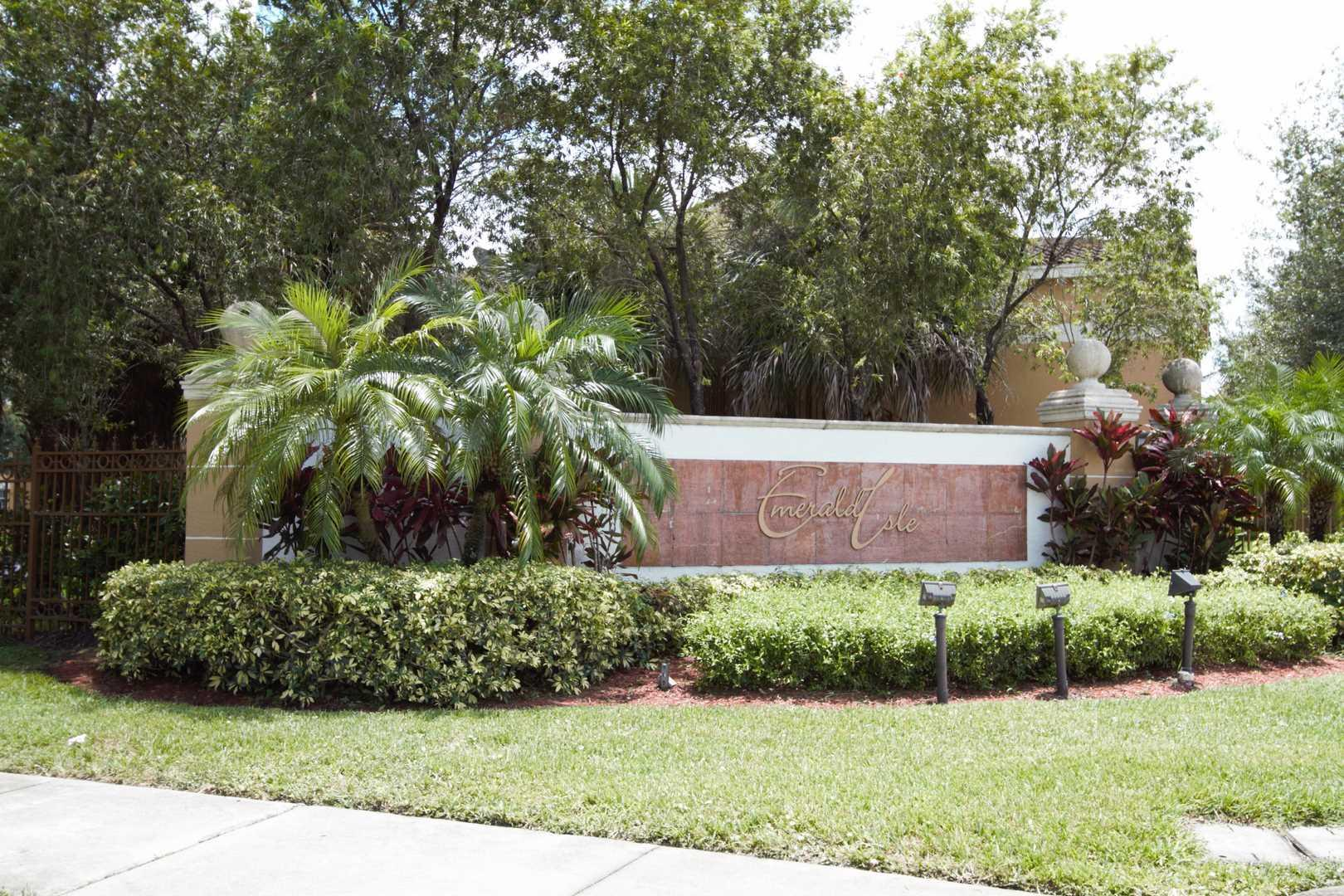 Photo of home for sale at 4131 San Marino Boulevard, West Palm Beach FL