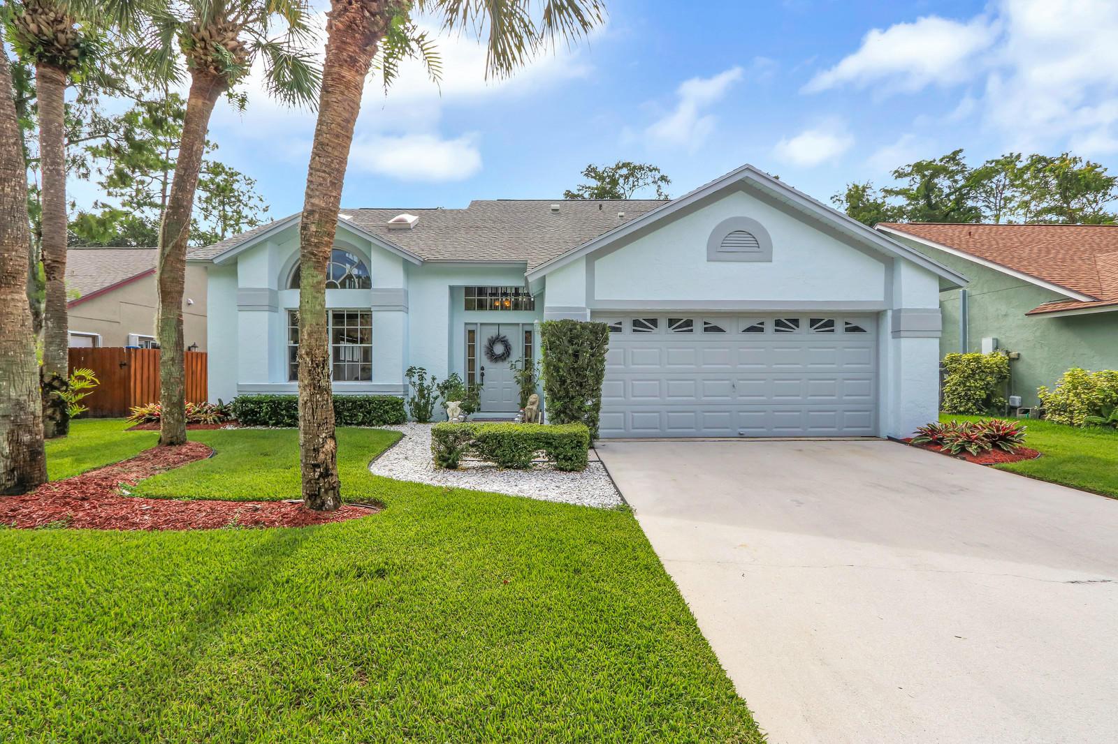 3630 Woods Walk Boulevard Lake Worth, FL 33467