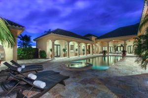 15044  Natures Point Lane  For Sale 10548992, FL