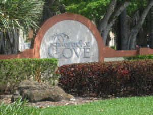 Paradise Cove At Palm Beach Lakes Condom