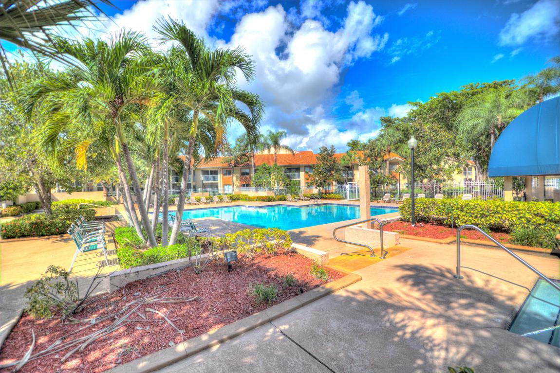 PARADISE COVE AT PALM BEACH LAKES CONDOM WEST PALM BEACH FLORIDA