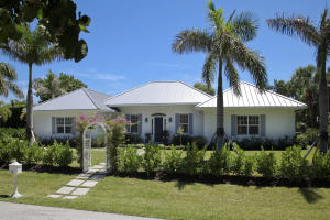 106  Beachway Drive  For Sale 10549195, FL