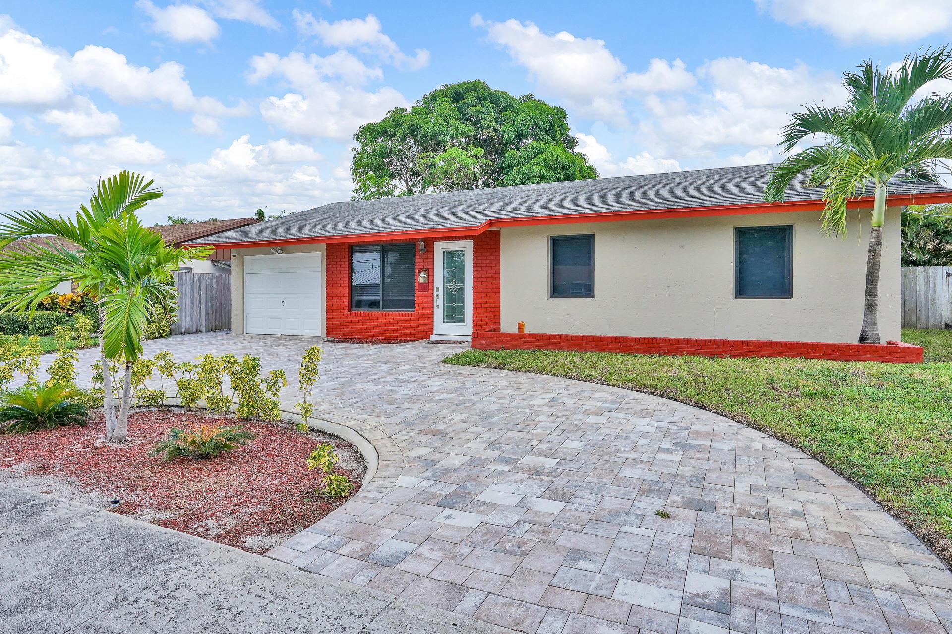 420 SE 34th Avenue  Boynton Beach FL 33435