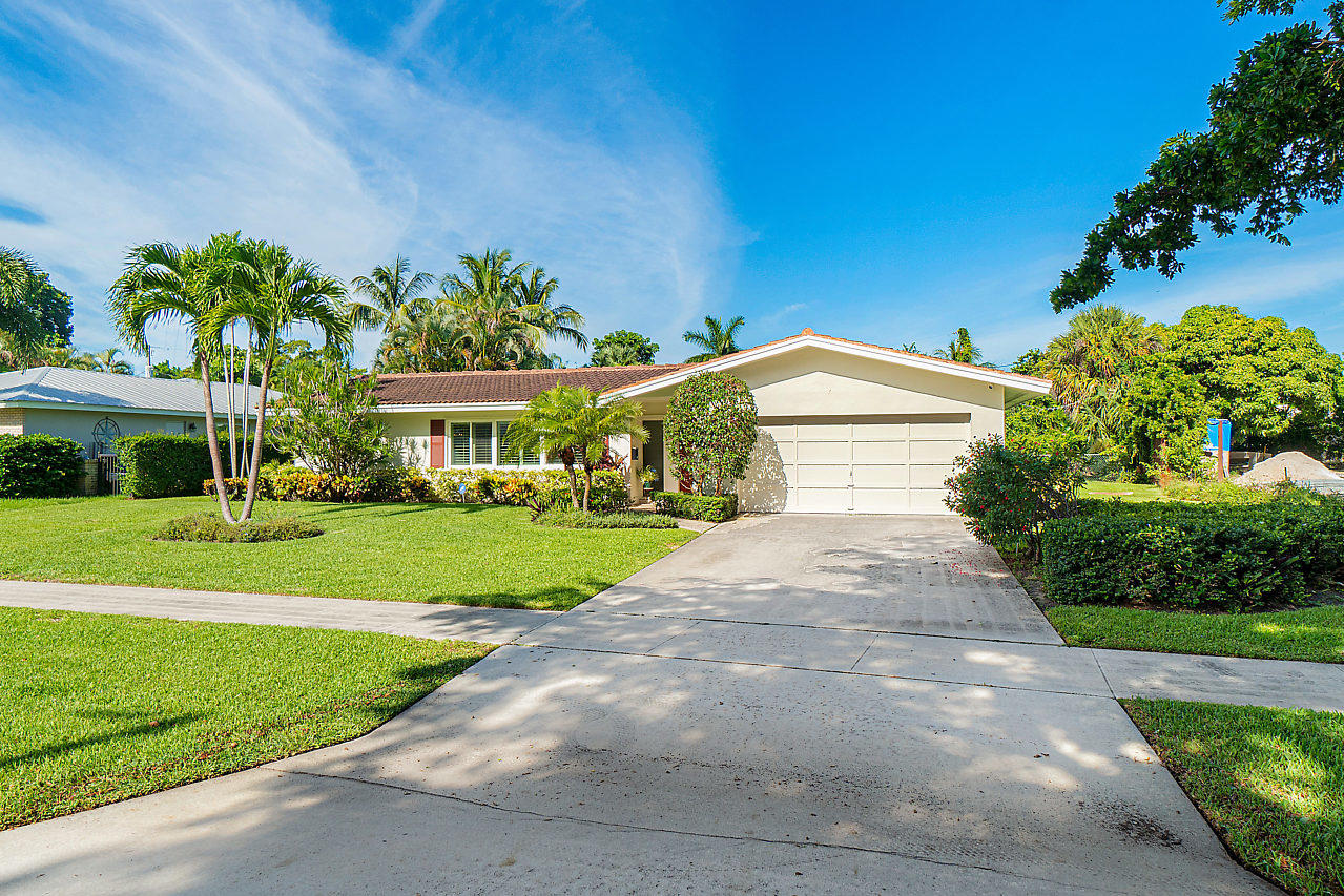 Yacht Club homes for sale in North Palm Beach FL