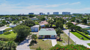 4600 NE 4th Avenue  For Sale 10550139, FL
