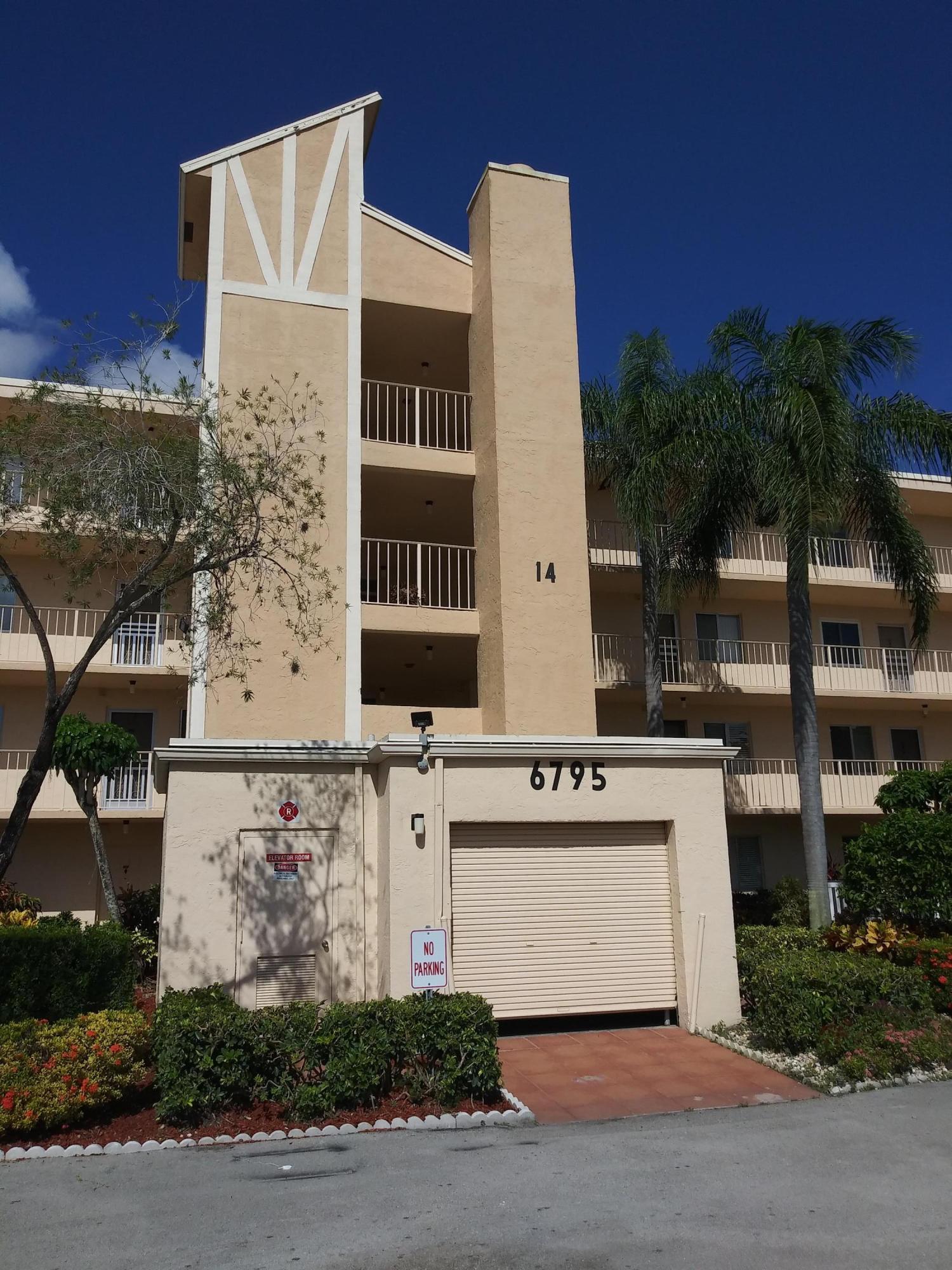 6795 Huntington Lane 102  Delray Beach, FL 33446
