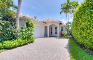 2890  Twin Oaks Way  For Sale 10555316, FL