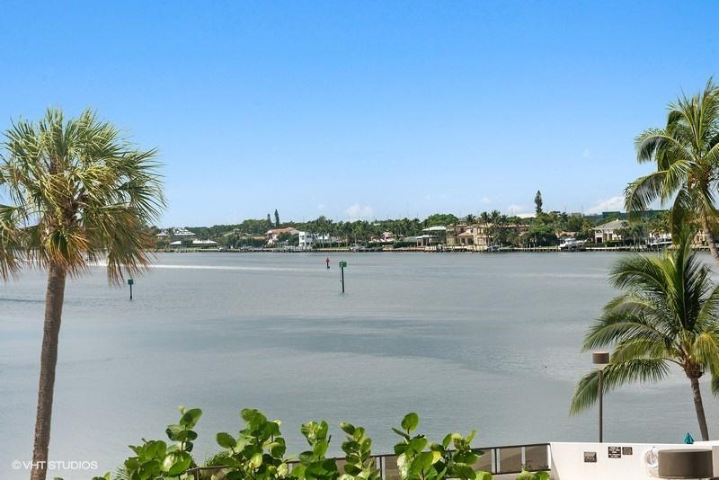 100 Lakeshore Drive 253, North Palm Beach, Florida 33408, 3 Bedrooms Bedrooms, ,3.1 BathroomsBathrooms,A,Condominium,Lakeshore,RX-10550745