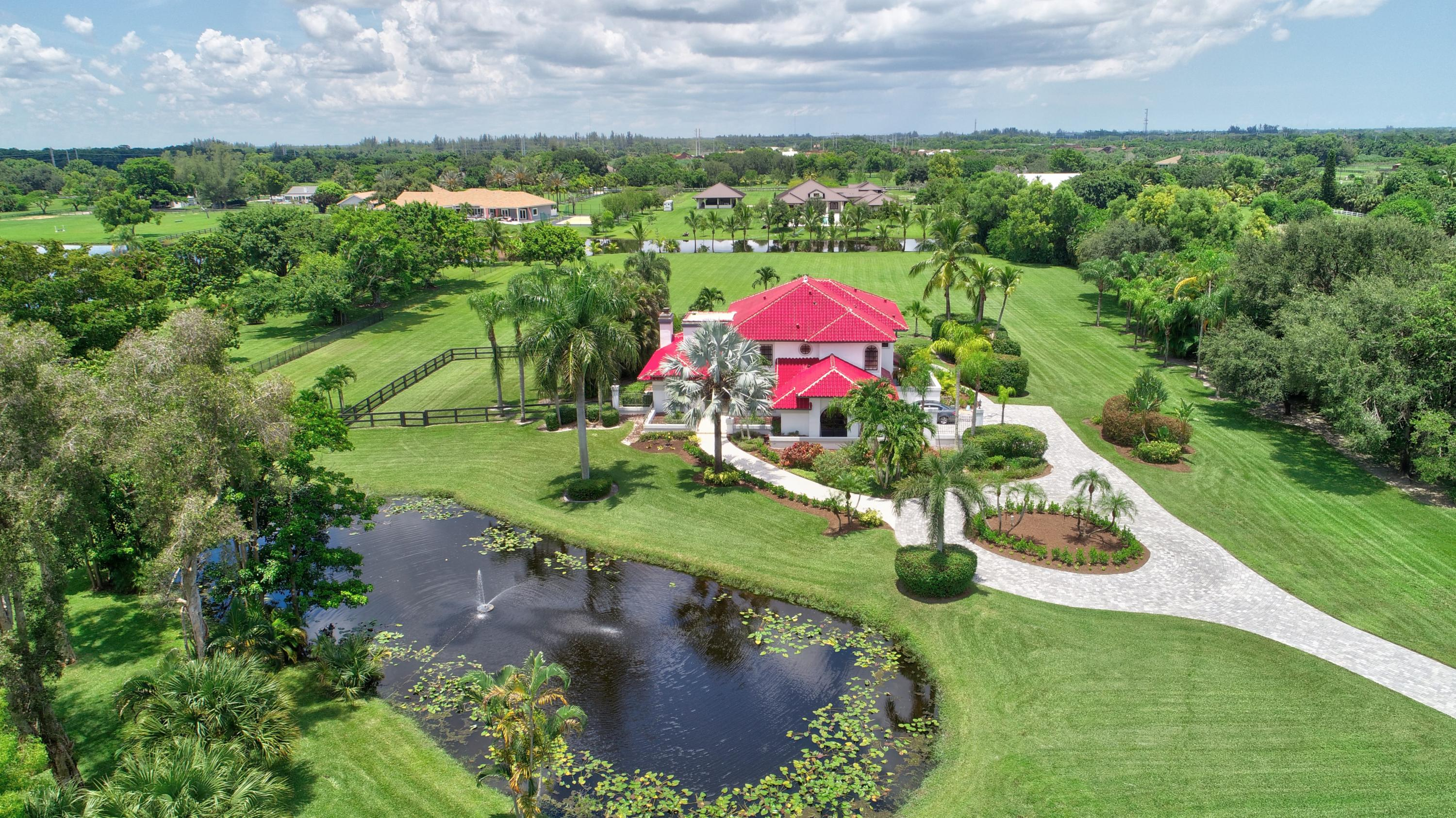 PALM BEACH FARMS CO PL NO 3 E 325.1O FT OF W 341.97 FT OF TR 40 BLK 67 & N 1/2 OF ABND 30 FT RD LYG S OF & ADJ THERE- TO