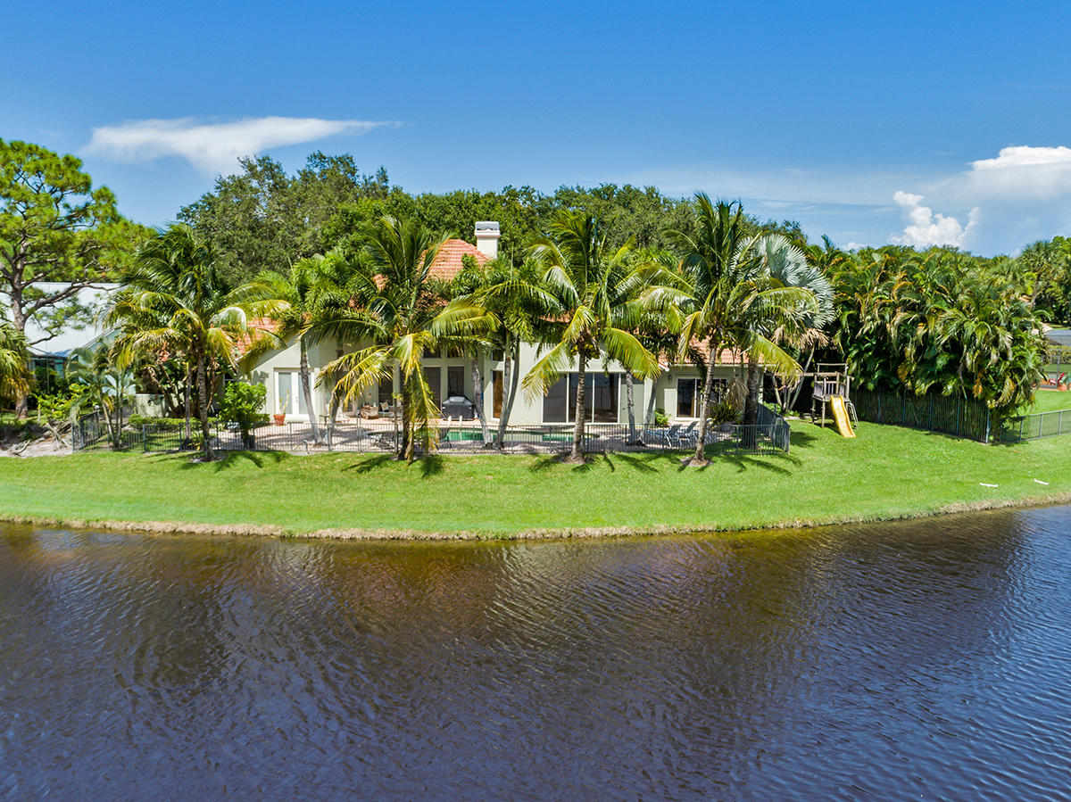 Photo of 18891 Gumbo Limbo Court, Jupiter, FL 33458