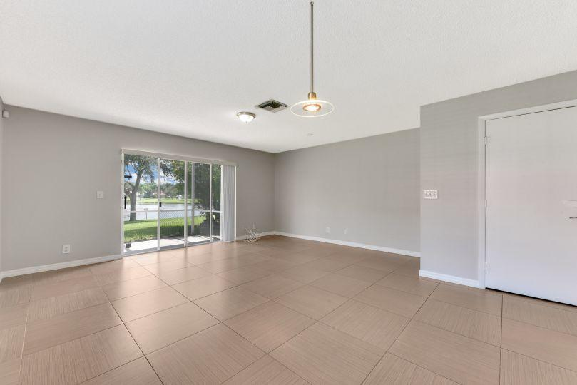 9785 Kamena Circle Boynton Beach, FL 33436 photo 4