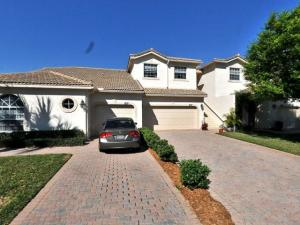 8133  Mulligan Circle  For Sale 10550940, FL