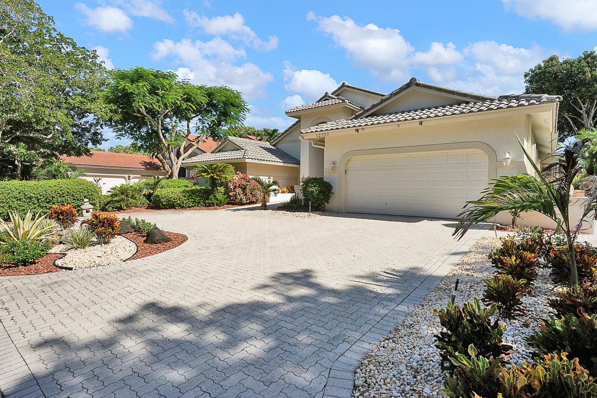 EAGLE TRACE CORAL SPRINGS