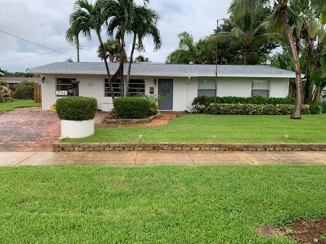 936 Eucalyptus Road, North Palm Beach, Florida 33408, 3 Bedrooms Bedrooms, ,2 BathroomsBathrooms,F,Single family,Eucalyptus,RX-10551207