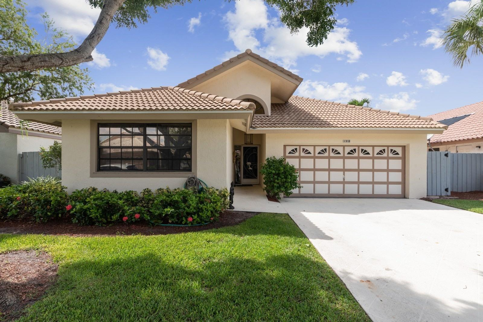 108 Executive Circle Boynton Beach, FL 33436