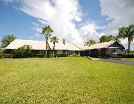 Photo of 3095 SE Ranch Acres Circle, Jupiter, FL 33478