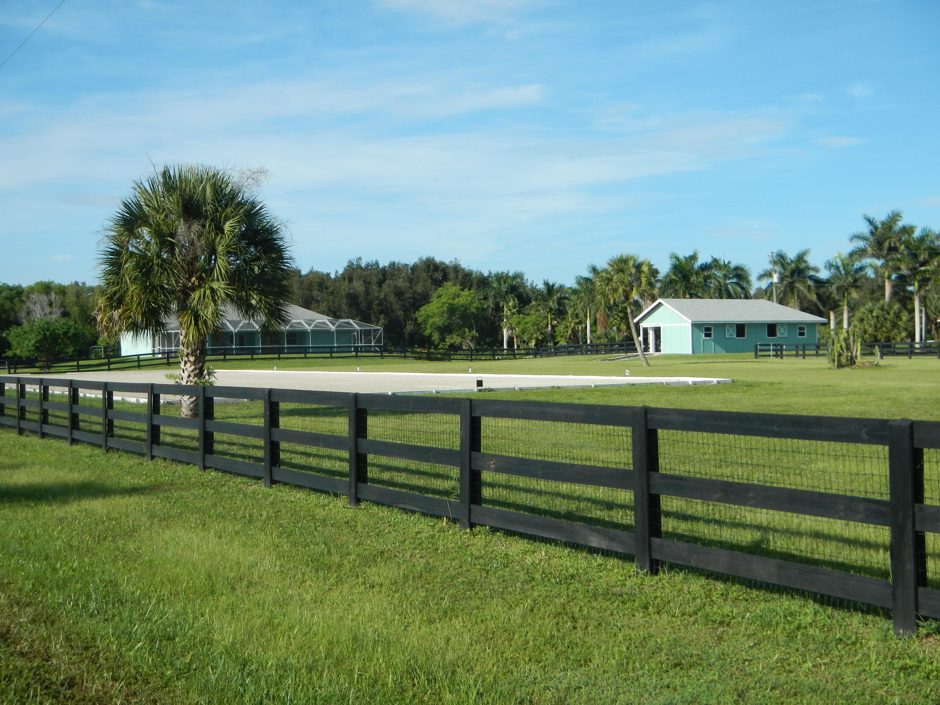DEER RUN LOXAHATCHEE REAL ESTATE