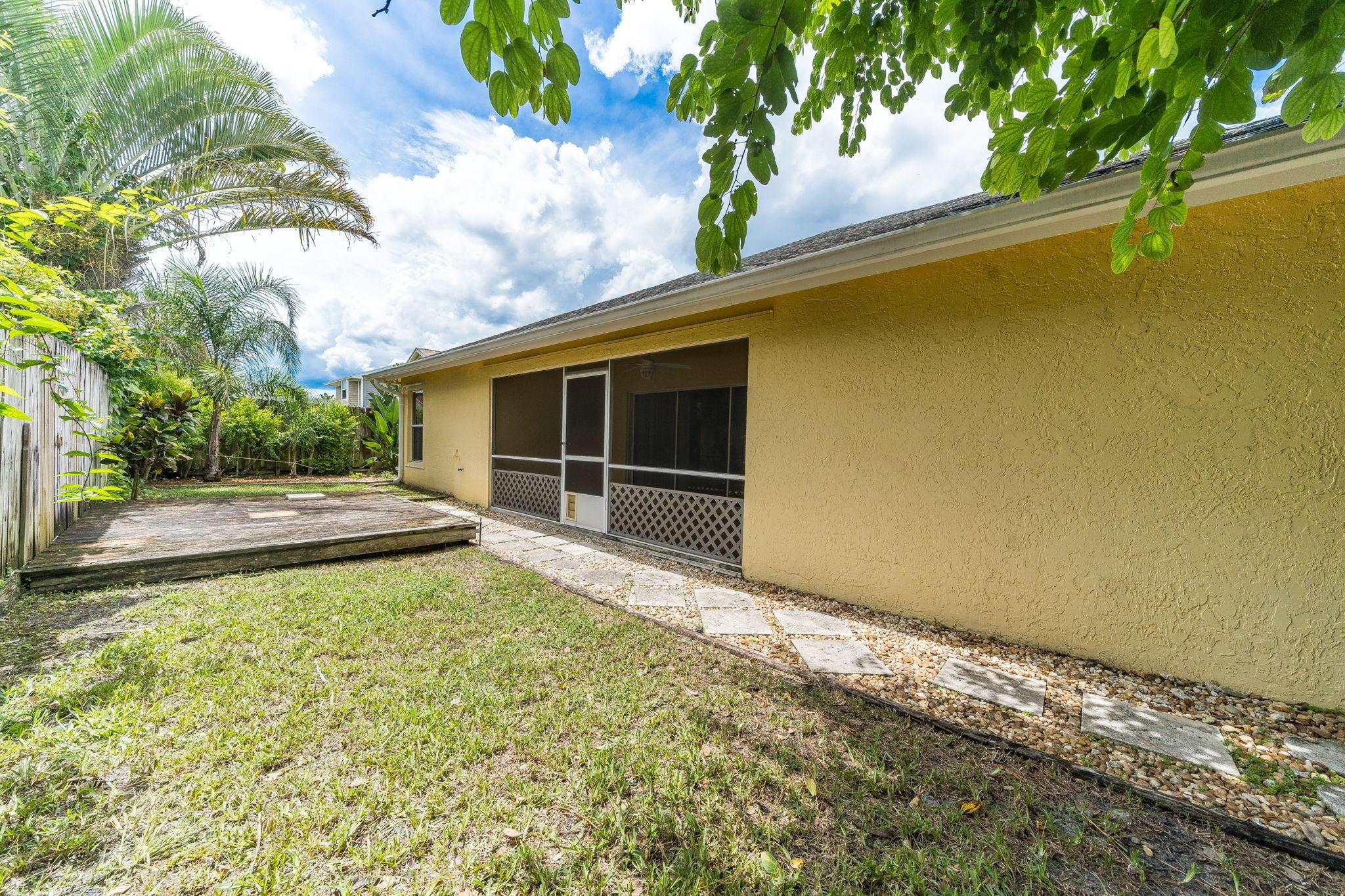 SHOWCASE RESIDENCES (BUILDER) JUPITER FLORIDA