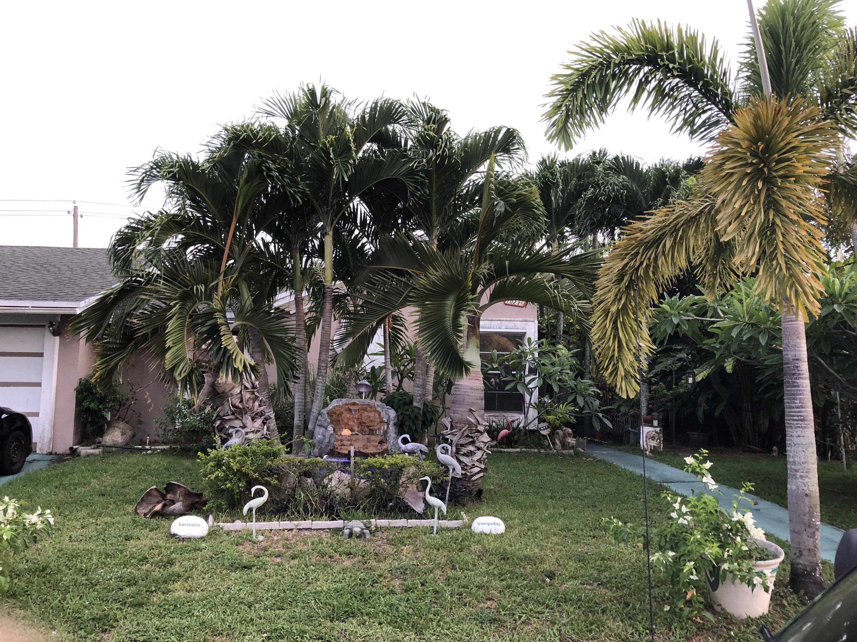 10236 Serenade Lane Royal Palm Beach, FL 33411
