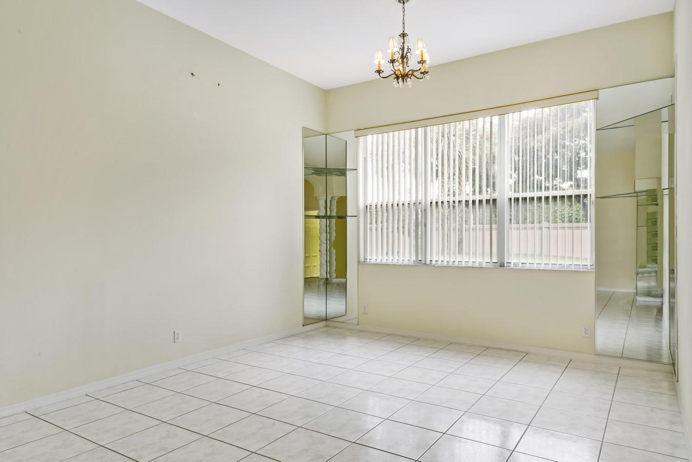 7466 Viale Caterina Delray Beach, FL 33446 photo 6