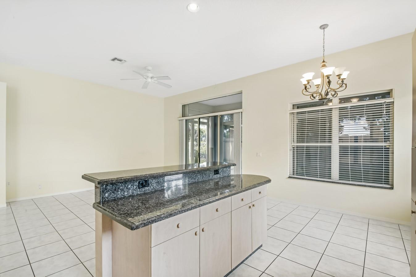 7466 Viale Caterina Delray Beach, FL 33446 photo 11