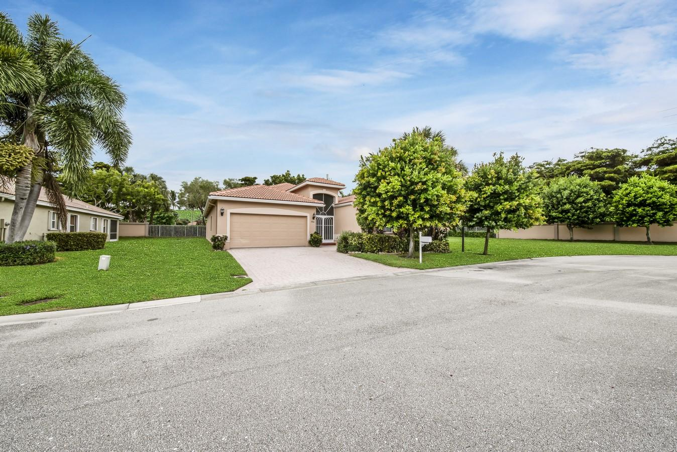 7466 Viale Caterina Delray Beach, FL 33446 photo 27