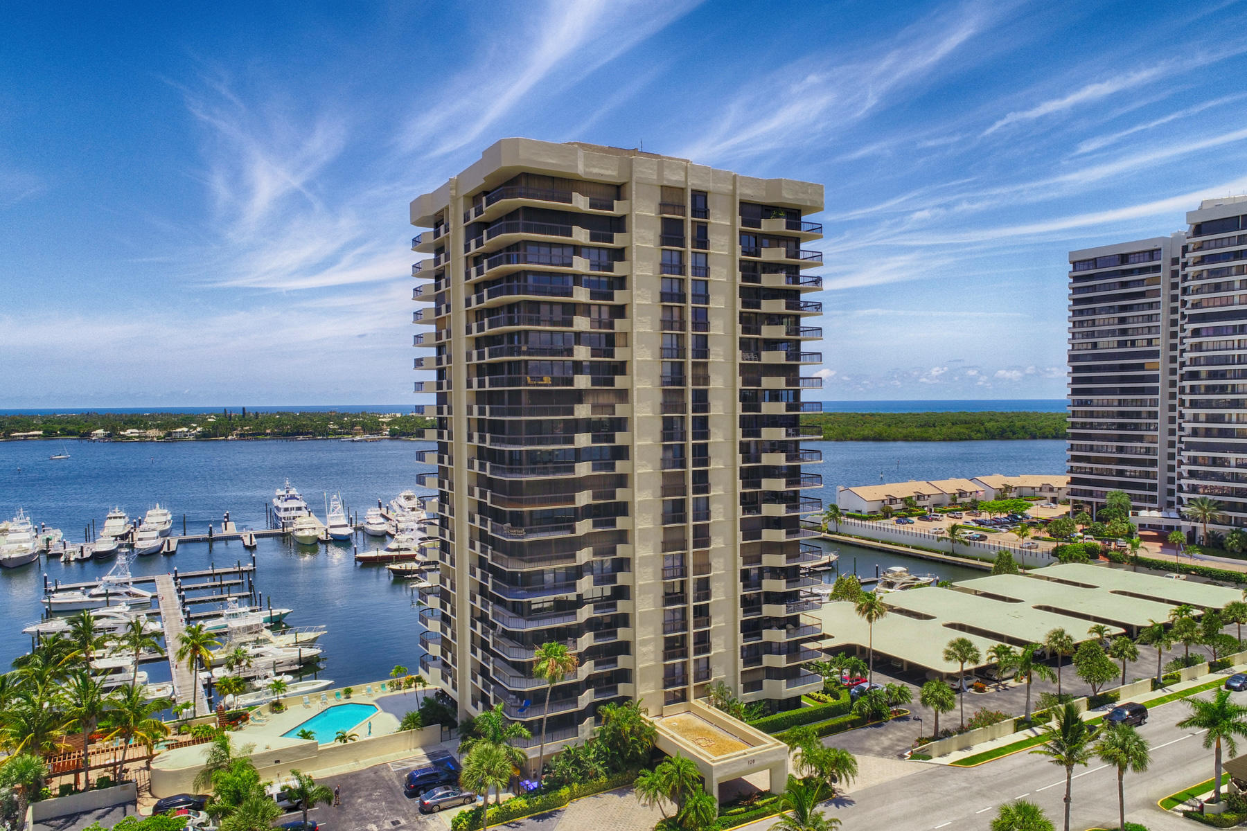 108 Lakeshore Drive 538, North Palm Beach, Florida 33408, 3 Bedrooms Bedrooms, ,2.1 BathroomsBathrooms,A,Condominium,Lakeshore,RX-10552112